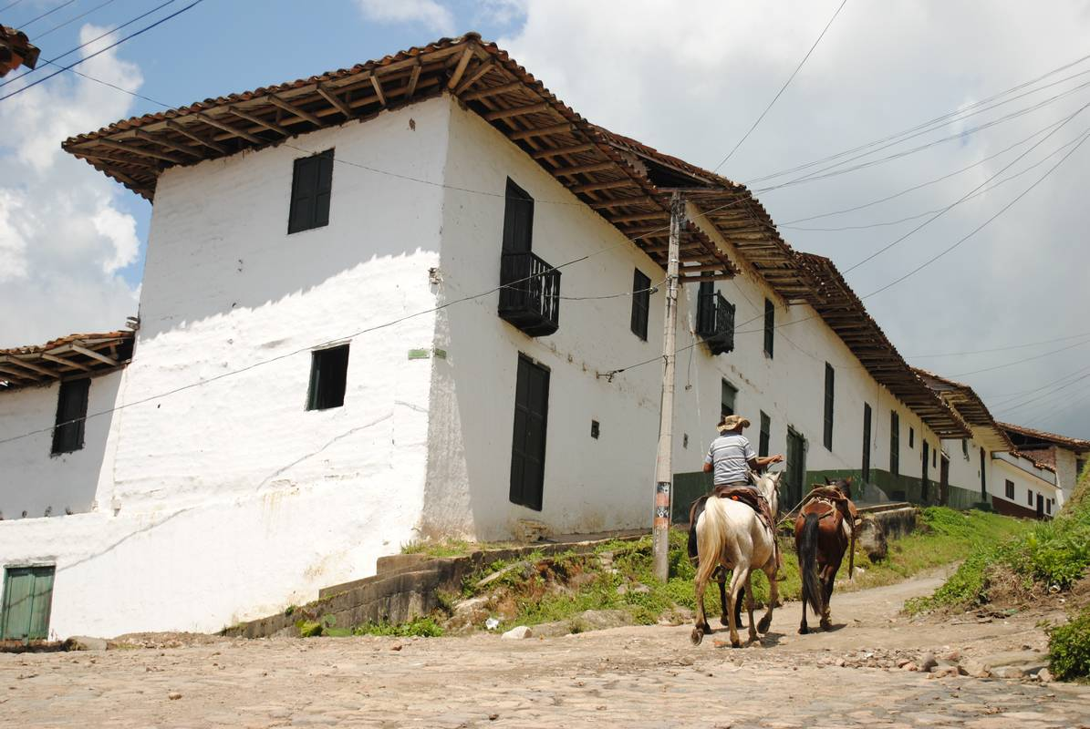 Colombie - San Agustin - homme a cheval